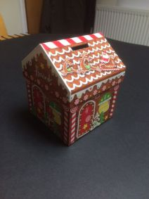 Gingerbread House Money Box for Harrods (rigid box and lid)