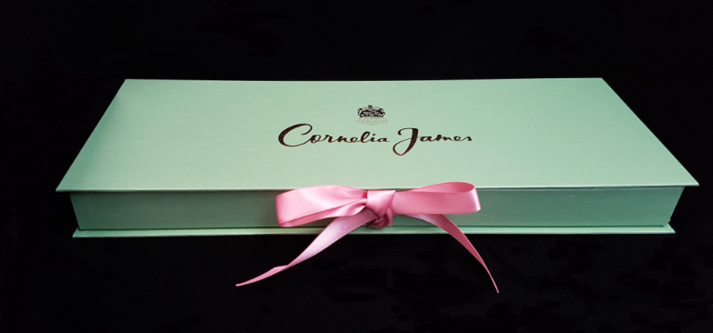 Packaging for fashion accessories